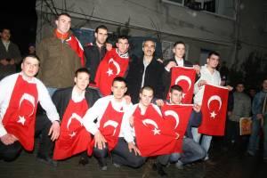 Mehmetçik, her bölgede farklı uğurlanıyor.13672