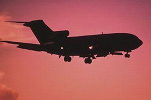 Fransa'da uçak acil iniş yaptı.6071