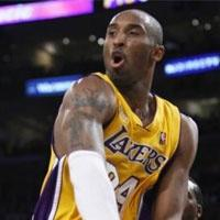 Miami, Lakers'a fena çarpıldı.8348