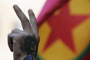 Londralı PKK'lılar sevinçten dört köşe!.7340