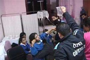 Muş'ta 40 öğrenci zehirlendi.12773