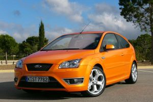 Ford Focus yenilendi.14078