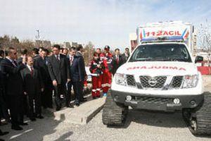 Paletli ambulanslar teslim edildi.14838