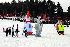 Kars'ın Sarıkamış ilçesinde kar festivali.18854