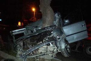 Diyarbakır'da kaza: 3 ölü, 4 yaralı.12255