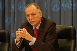 İhsanoğlu, BM Genel Sekreteri ile görüştü.56545