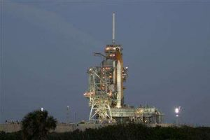 Amerikan uzay mekiği Endeavour fırlatıldı.6332