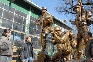 Tankut Öktem'im heykeli tamamlandı.19799