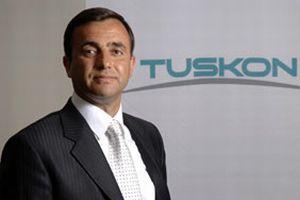 TUSKON Meral'i yeniden başkan seçti.7755