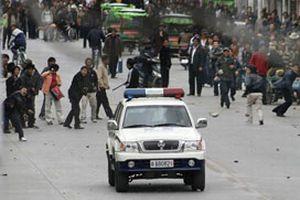 Tibet olaylarının ardında Dalay Lama var.15335