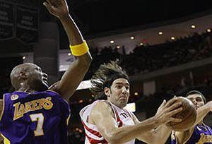 Rockets Lakers'� yendi.15004