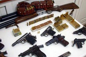 PKK'ya ait 12 patlayıcı düzenek.15352