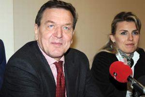 Schröder: Kapatma darbe girişimi.10391