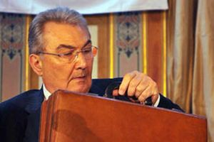 CHP lideri Deniz Baykal: İddianameyi çok beğendim.11639