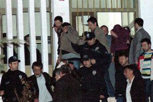 Bursa'nın Karacabey ilçesinde bir karakol gözaltında!.15601