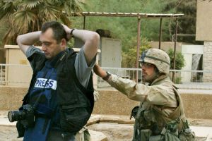 Irak'ta 1 yılda 37 gazeteci öldürüldü.42192