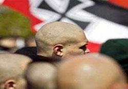 Irkçılar, Türk gencini öldürdü.9323