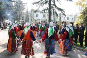Nevruz'da Özbek pilavlı kutlama.41271