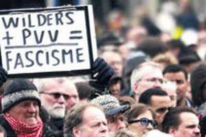 Kuran karşıtı filmi yapan lidere protesto.15006