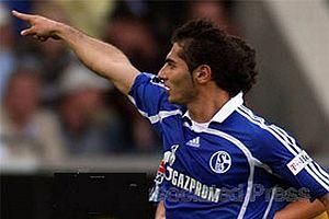 Schalke Halil'le kazandı.13682