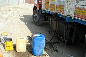 Sakarya'da 570 litre kaçak mazot ele geçirildi.15233