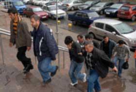 Antalya'da gözaltına alınan 2 kişi İstanbul'a getirildi.8442