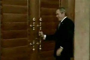 Bush yine yapt� yapaca��n�.7094