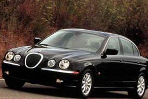 Tata, Jaguar ve Land Roveri sat�n alacak.13466