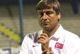 Konyaspor Çetiner ile anlaştı.8305