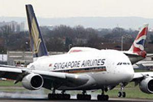 Dünyanın en büyük yolcu uçağı korkuttu!.12087