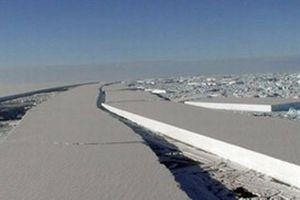 Antarktika'dan dev parça koptu.8160