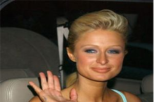 Paris Hilton'u nasıl ikna etti?.9312