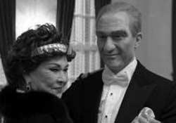 Sümer Ezgü' de Atatürk'ü canlandırdı.5255