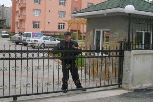Hastanede güvenlikçi-polis kavgası.26229