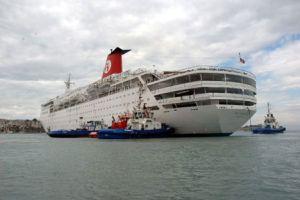 Karaya oturan gemi kurtarıldı!.10423