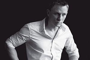 İngiltere'nin en iyi şık erkeği James Bond.8858