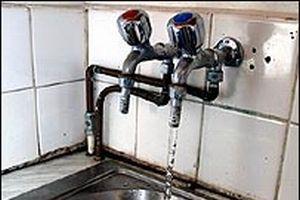 Belediyenin kontörlü suyu okulları vurdu.14468