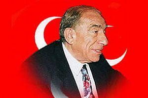 Türkeş'in otomobili satışa çıkarıldı.9644
