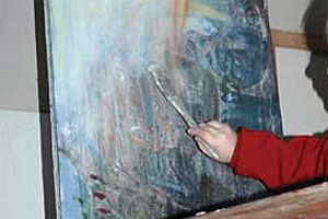 10 yaşında ikinci kişisel sergisini açtı.17286