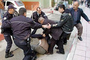 Adana'da park yeri kavgası: 4 yaralı.21110