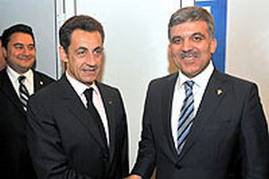 Sarkozy, Türkiye için 'Referandum' istedi.12210