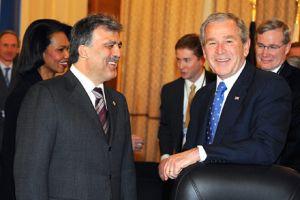 Cumhurbaşkanı Abdullah Gül, NATO zirvesinde.12098