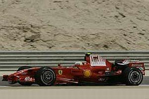 Ferrari Bahreyn'de duble yaptı.14031