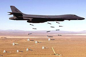 Amerikan bombardıman uçağı düştü!.12946