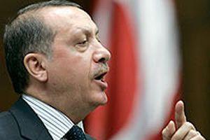 Başbakan Erdoğan muhalefeti sert bir dille eleştirdi.10416
