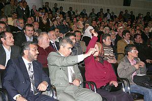 Toplu tapu tesliminde yolsuzluk iddiası.27356