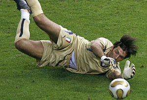 Buffon için rekor transfer teklifi.23745