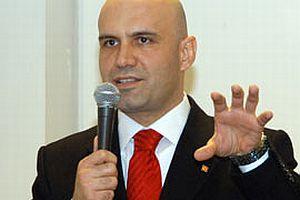 Eski Balıkesir Milletvekili Çömez AKP'den ihraç edildi.10836