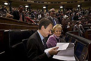 Zapatero hükümeti ilk turda güvenoyu alamadı.18569