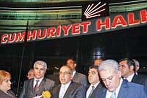 Diyarbak�r STK'lar� CHP lideri Deniz Baykal'� uyard�.14526